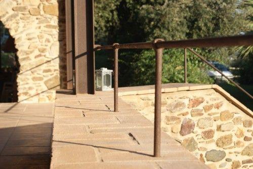 Escaleras exteriores e interiores, barandillas, rejas - Cerrajería