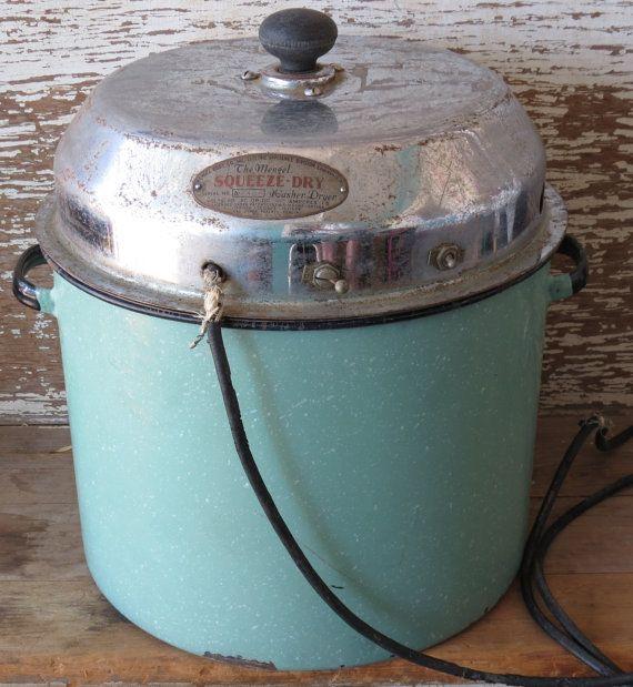 Mengel Tabletop Washing Machine 1920s Clothes Washer Aqua Enamelware Tub  Vintage Rare