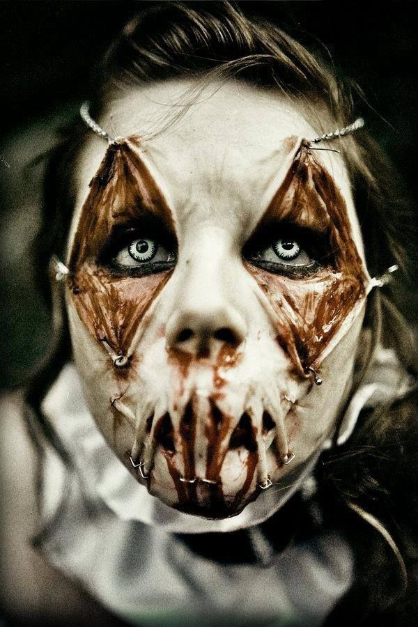 Creepy Halloween Makeup (from Pinterest - brittanybabe116 - halloween horror makeup ideas