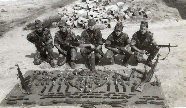 Pin Em Portugese Colonial War 1961 74