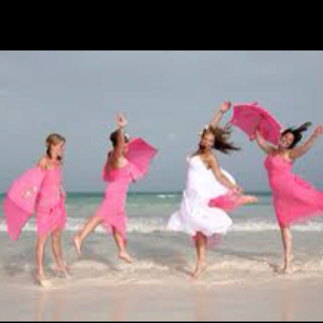 wedding on the beach in pink! My type of wedding .. :))