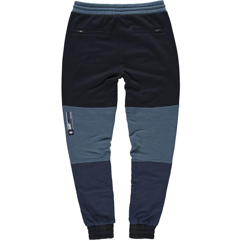 ANT FW15 First drop, now available through www.ant-origins.com!  #sweater #longsweat #zipper #logo #cap #fivepanel #sixpanel #buckethat #joggerpants #pants #jacket #winterjacket #bomberjacket #parka #menswear #streetwear #sportswear #ootd #urban #winter #mensstyle #antorigins #stayhumble
