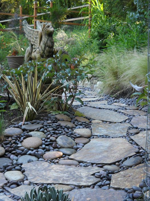 Griffpath river rock and flagstone pathway garden for How to build a river rock patio
