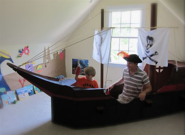 how to build a pirate ship from cardboard boxes