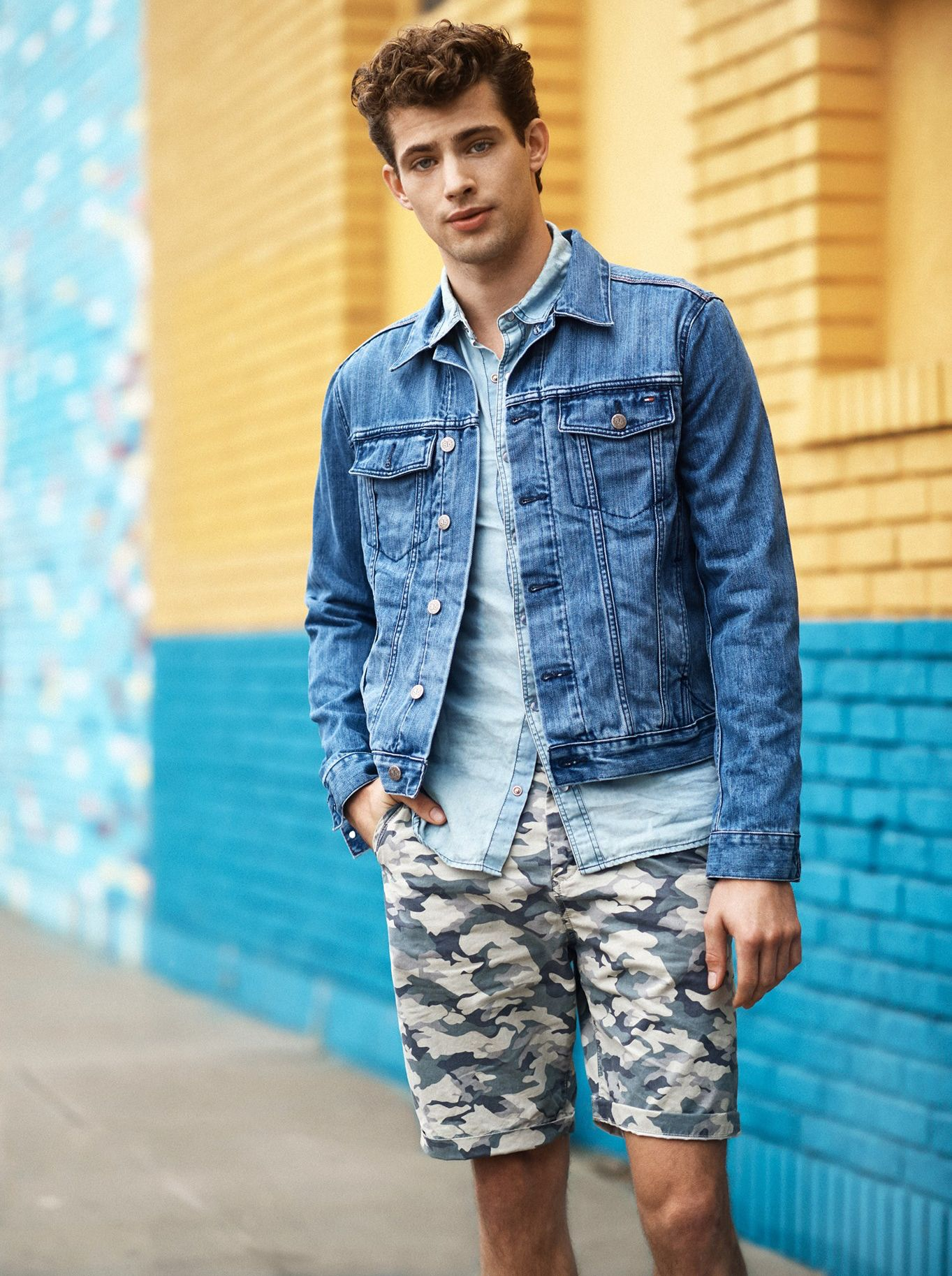 Tommy Hilfiger Visits Los Angeles with Casual Men's Denim Styles ...