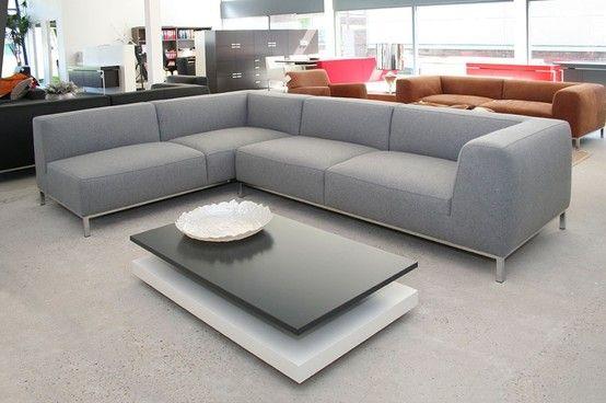 Mooie lichtgrijze hoekbank  woonkamer in 2019  Hoekbank