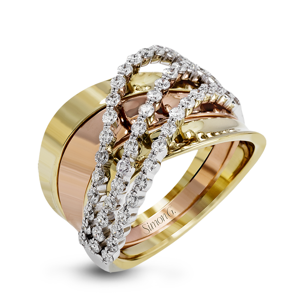 This tritone 18k gold band is fashionfoward with yellow and rose