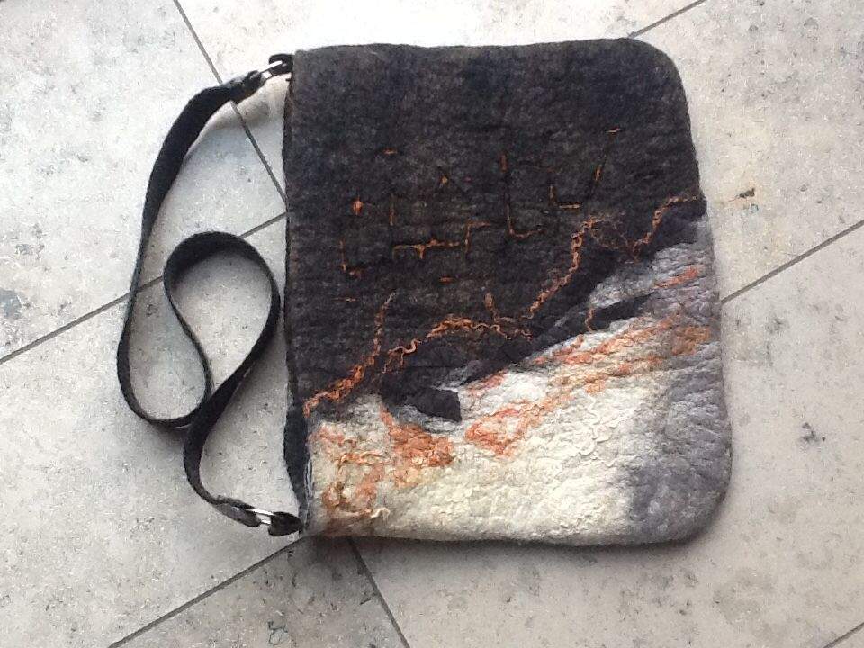 Felted bag, sliced pattern, size approx 45x38 cm