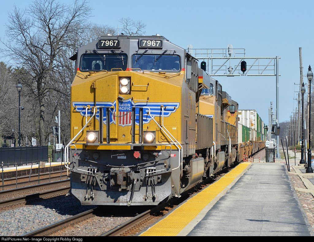 RailPictures Net Photo: UP 7967 Union Pacific GE ES44AC at
