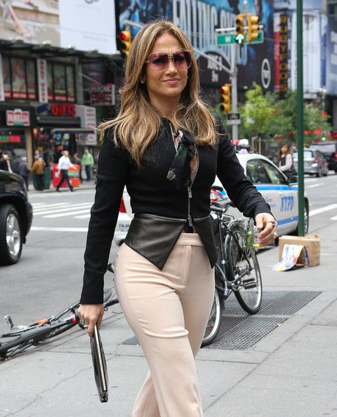 Pin By Jennifer Seefeldt On Lighting: Jennifer Lopez Hangs Out In NYC In 2019