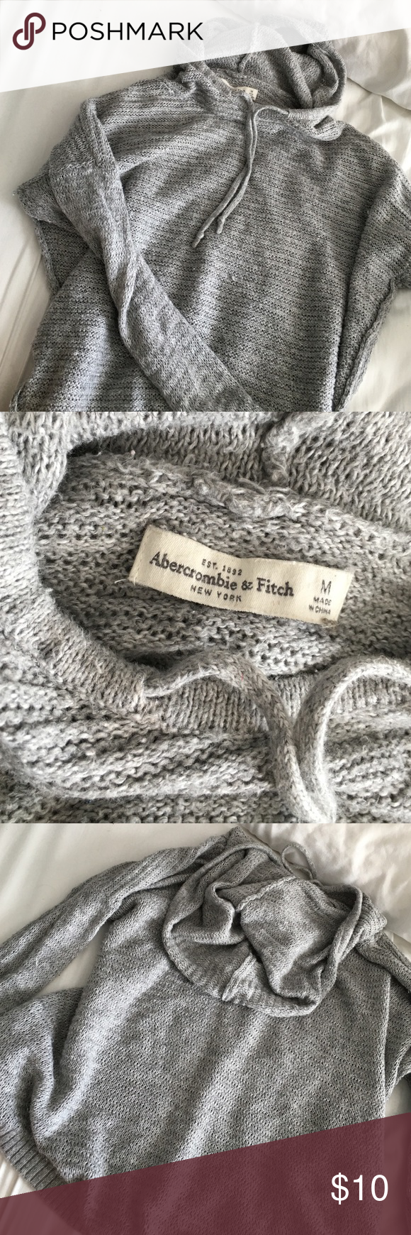 Abercrombie knit sweatshirt good condition barely worn Abercrombie & Fitch Tops Sweatshirts & Hoodies