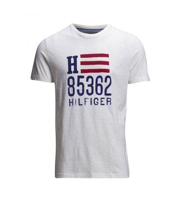 06da5ea24 CAMISETA TOMMY HILFIGER MANGA CORTA ESTAMPADA PARA HOMBRE - WEHBE Tienda  Online