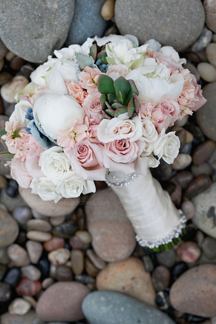 Scripps Seaside Forum Wedding In La Jolla Wedding Bouquet With
