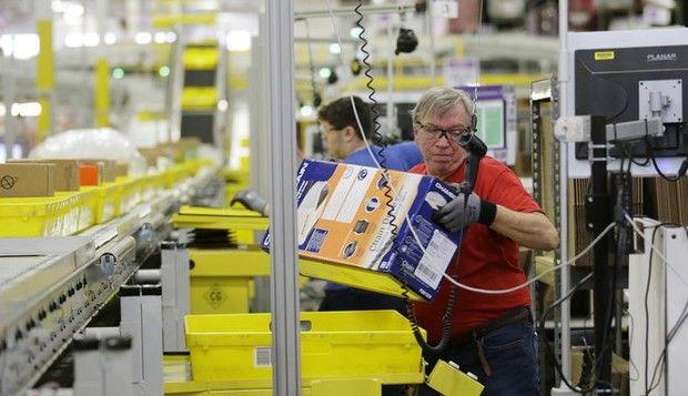 Amazon To Hire 120 000 People For Holiday Jobs Job Fair Job