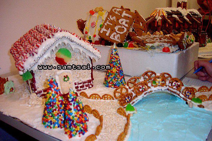 Creative Unique Gingerbread House Designs 11
