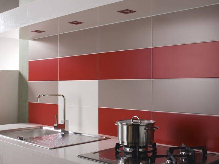 Cr dence de cuisine avec carrelage mural rouge un effet for Credence cuisine metal