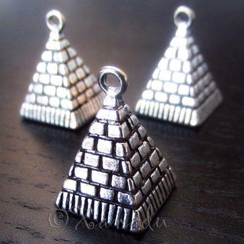 5pcs egyptian pyramid of giza wholesale charm pendant findings 5pcs egyptian pyramid of giza wholesale charm pendant findings c9507 aloadofball Gallery