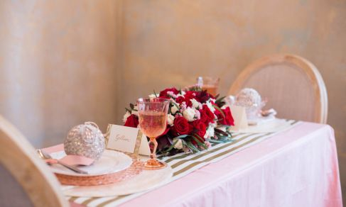 5 DIY Table Settings for Valentine's Day // Relish Magazine // Floral Design by Rosemary & Finch