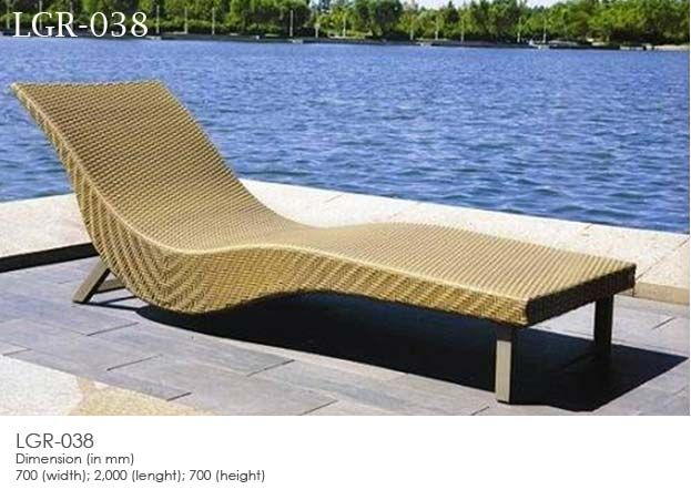 Synthetic rattan wicker sunbed leola furniture outdoor for Outdoor furniture jakarta