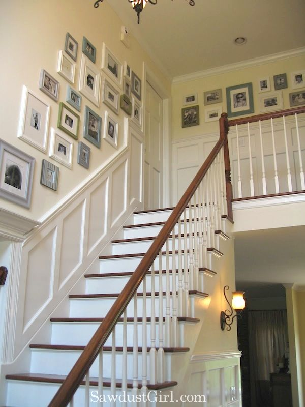 Stairs And Upstairs Hallway House Tour Trap Verbouwing Muur