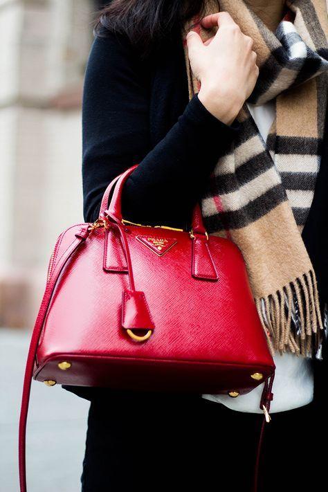 Review Prada Saffiano Promenade Bag