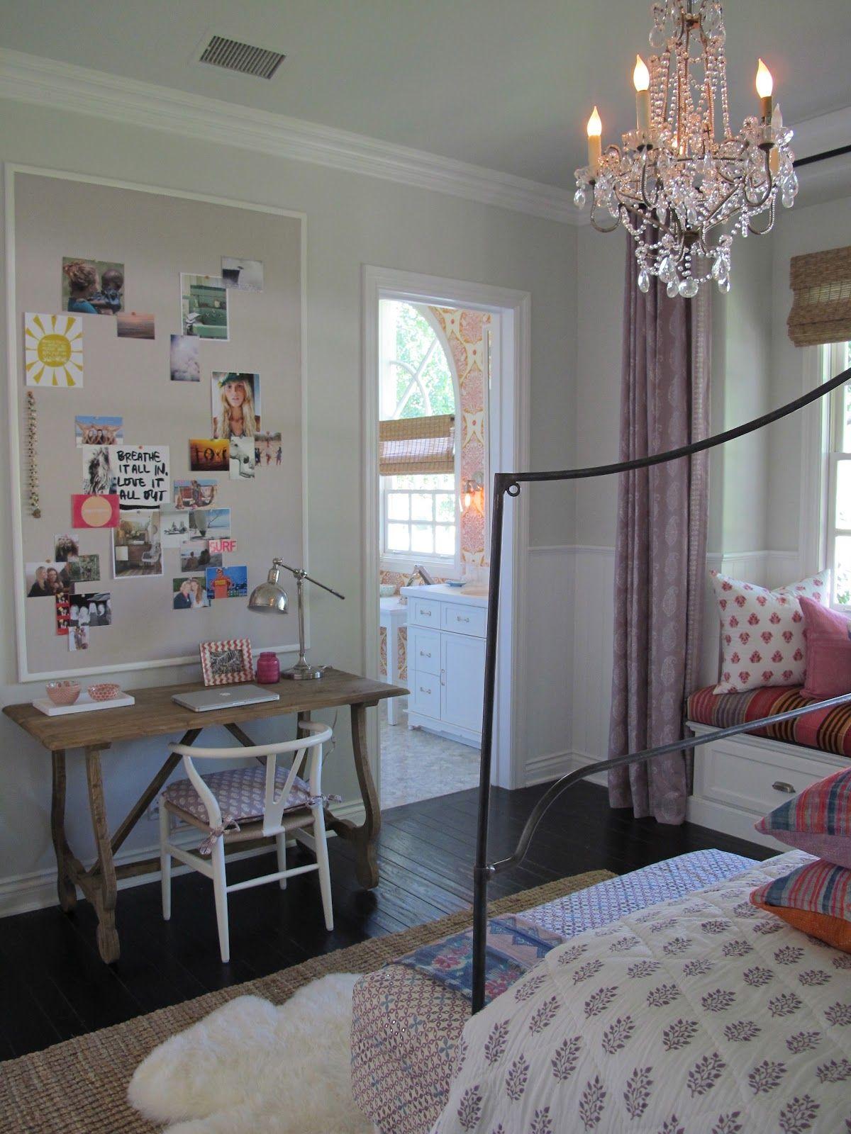 i love this the desk bedding window seat subtle color pops rh pinterest com