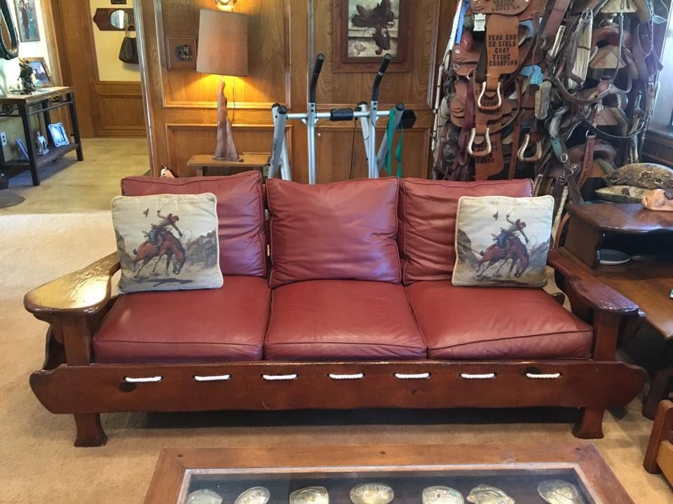 Pre Owned Vintage W R Dallas 3 Place Sled Sofa With Leather