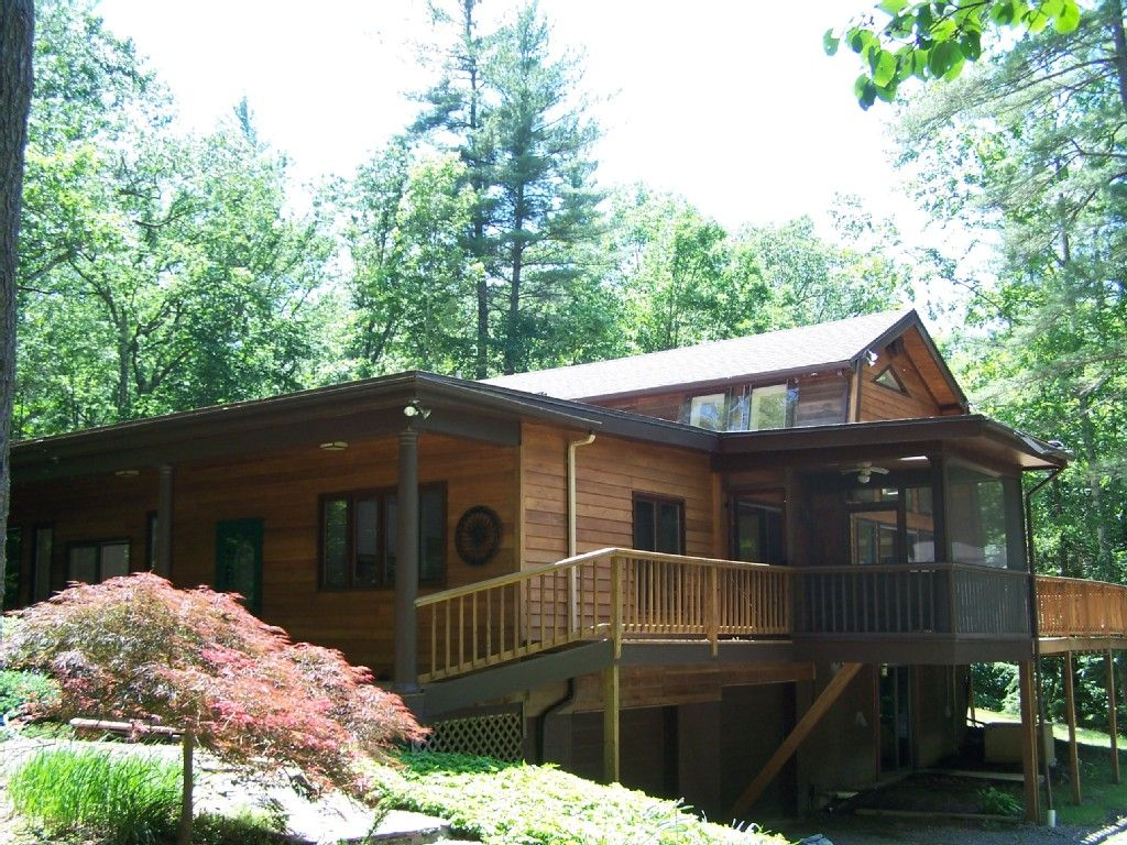 secluded berkshires rentals the cabins cozy vacation cabin rental in homeaway ny