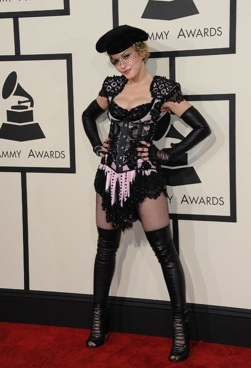 Pin By Rachel Gregory On Mg In 2020 Grammy Awards Red Carpet Celebrity Dresses Grammy Dresses