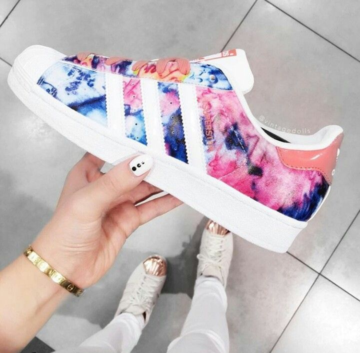 separation shoes 8d730 5e189 Flower watercolor adidas superstar