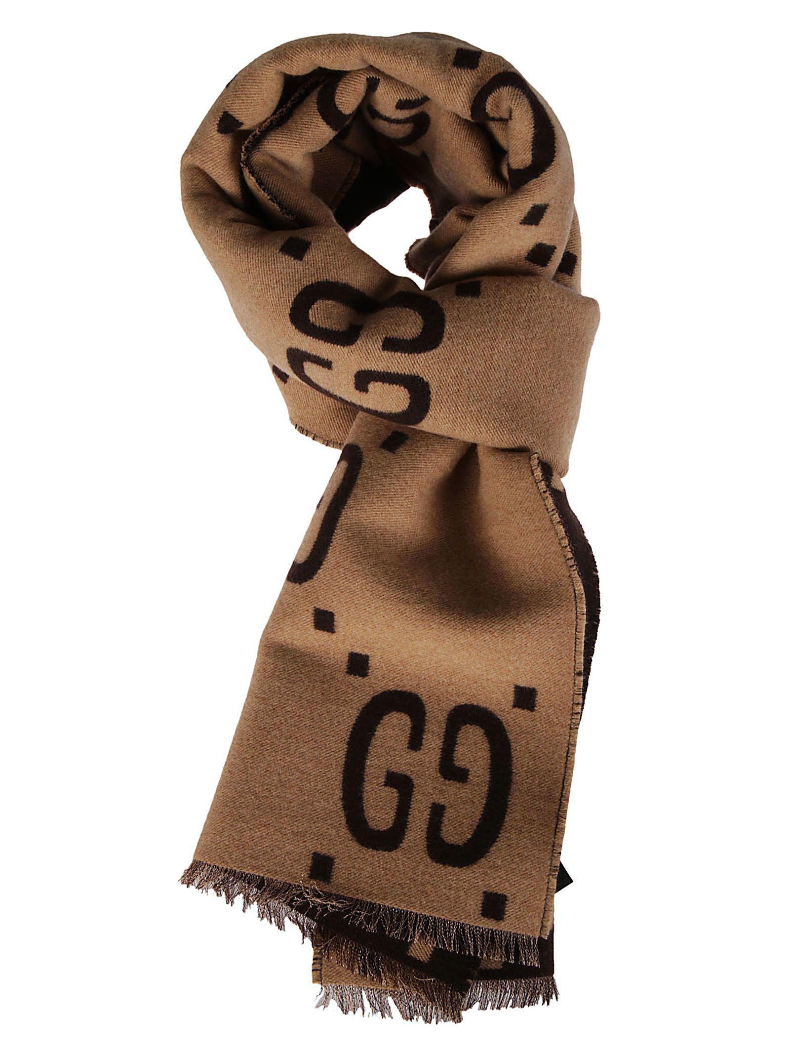14a90ae951e8 GUCCI GG SUPREME PRINT SCARF.  gucci
