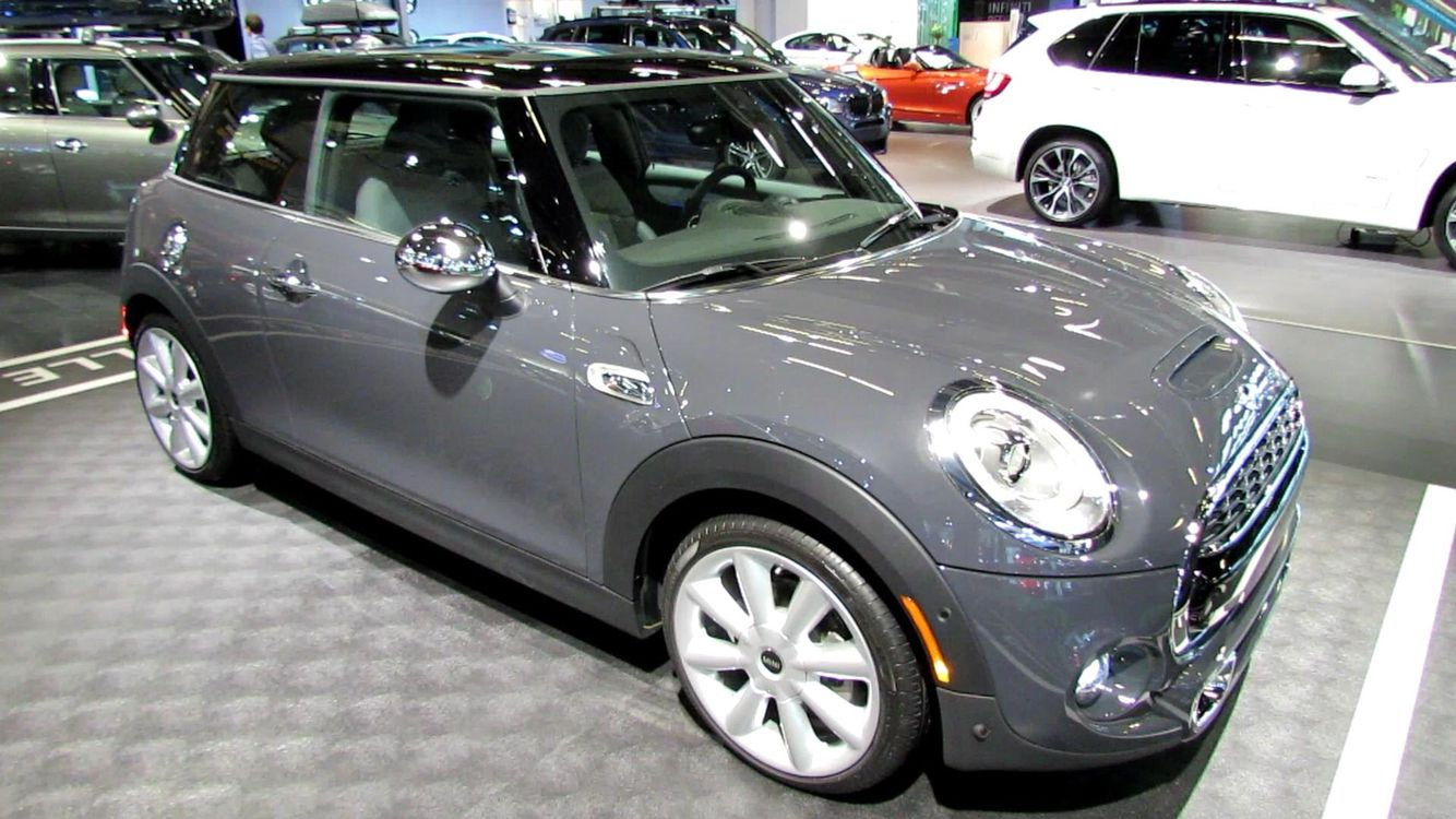 Pin By Kaleb Lemon On Mini Cooper Mini Cooper Mini Cars Mini One