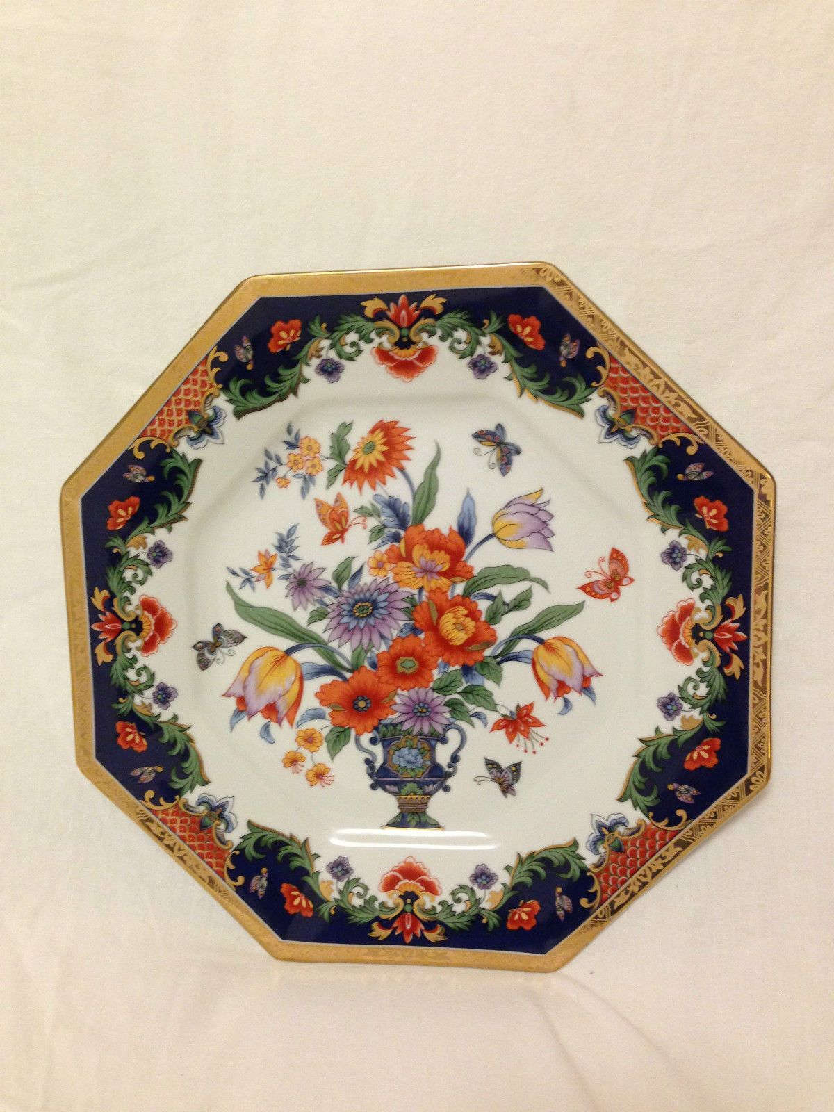 antique Japanese fine porcelain dish, hand painted