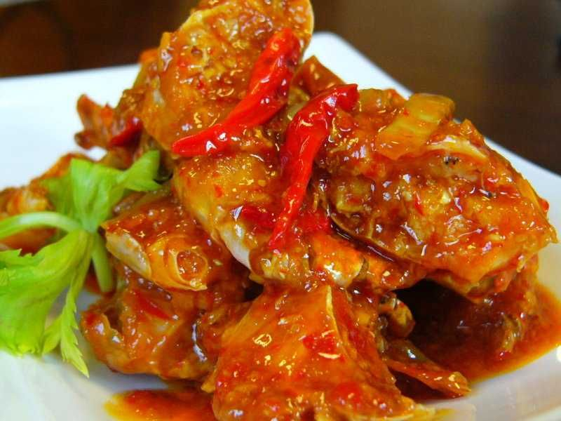 Masakan dengan berbahan dasar ayam masih menjadi favorit ...