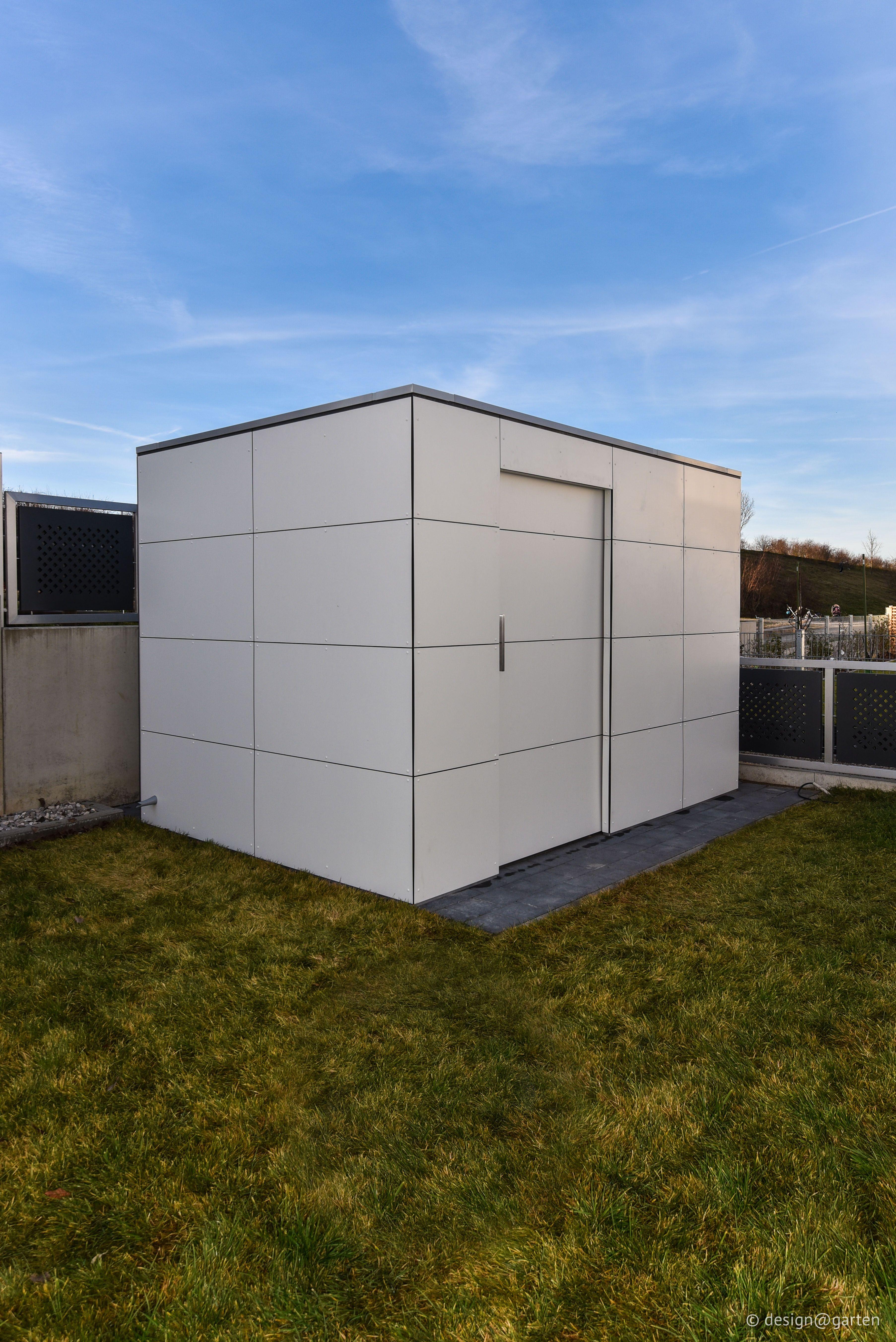 Gartenhaus mit HPL by design@garten #Gartenhaus #shed #Gerätehaus ...
