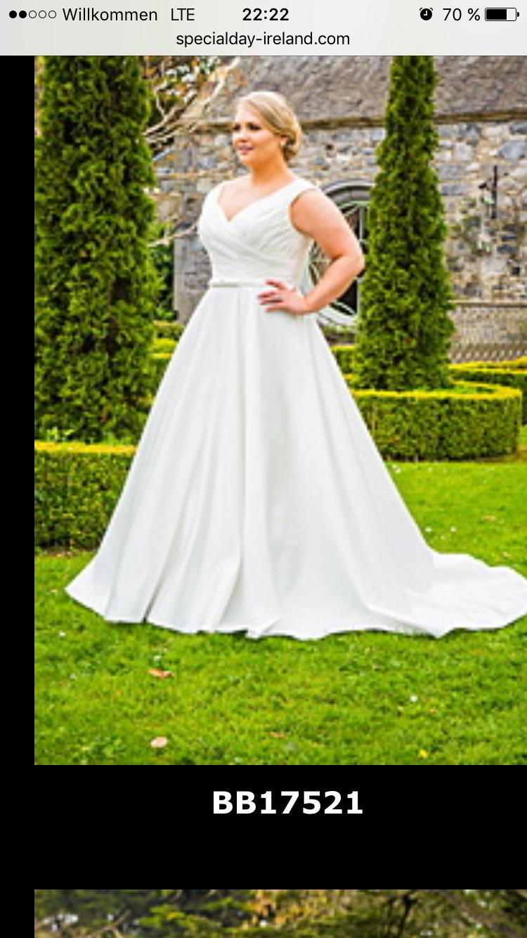 Pin von Annika Schöttler auf Plus Size Hochzeit Kleider ...
