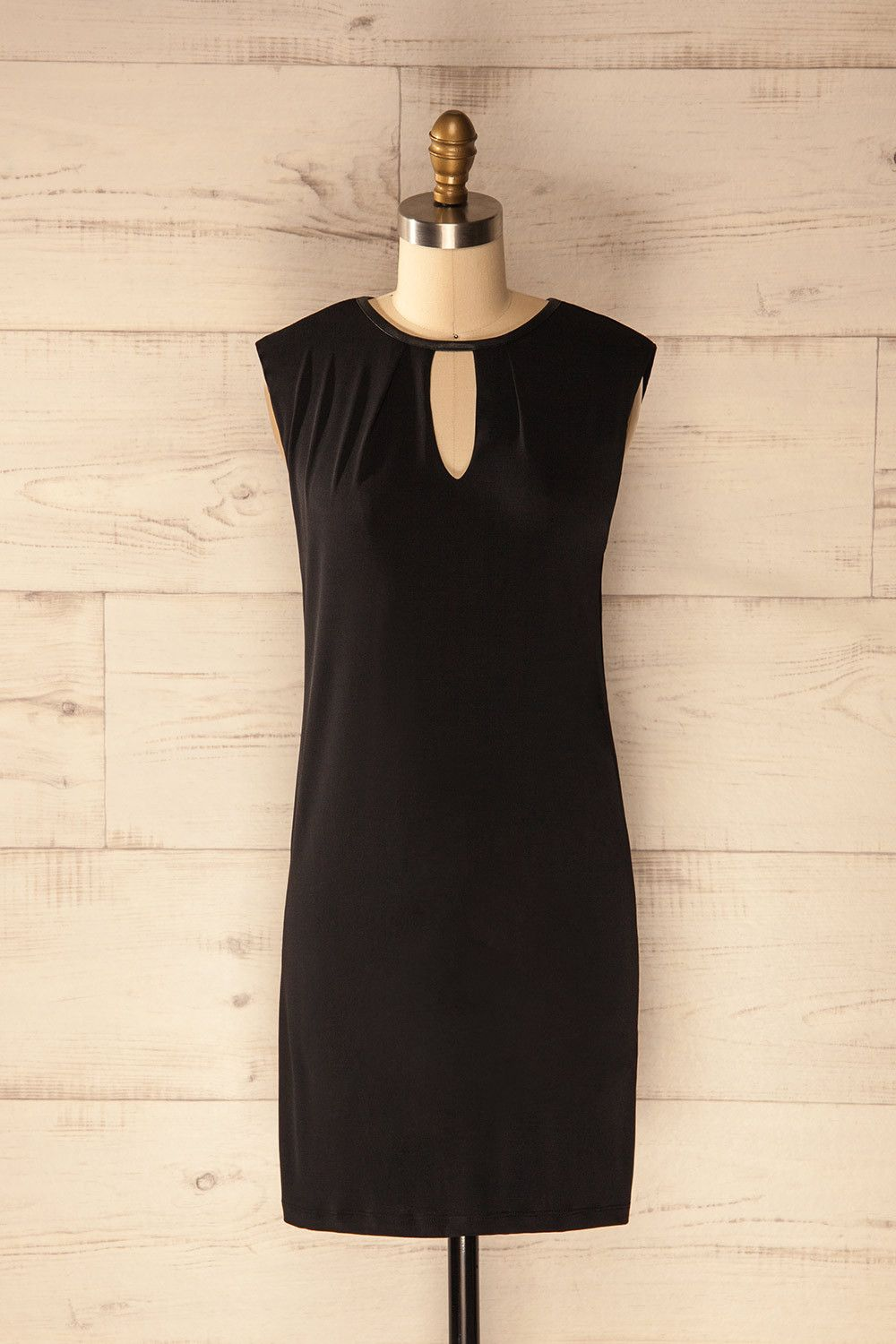 Dress to wear to a wedding as a guest in june  Lysnes Nuit  Grand tour Simple style and Hand washing