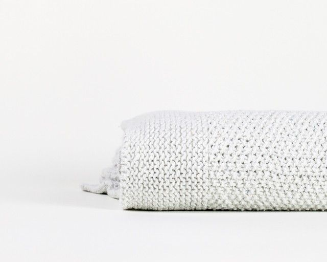 Recycled denim throw off white | By Mölle