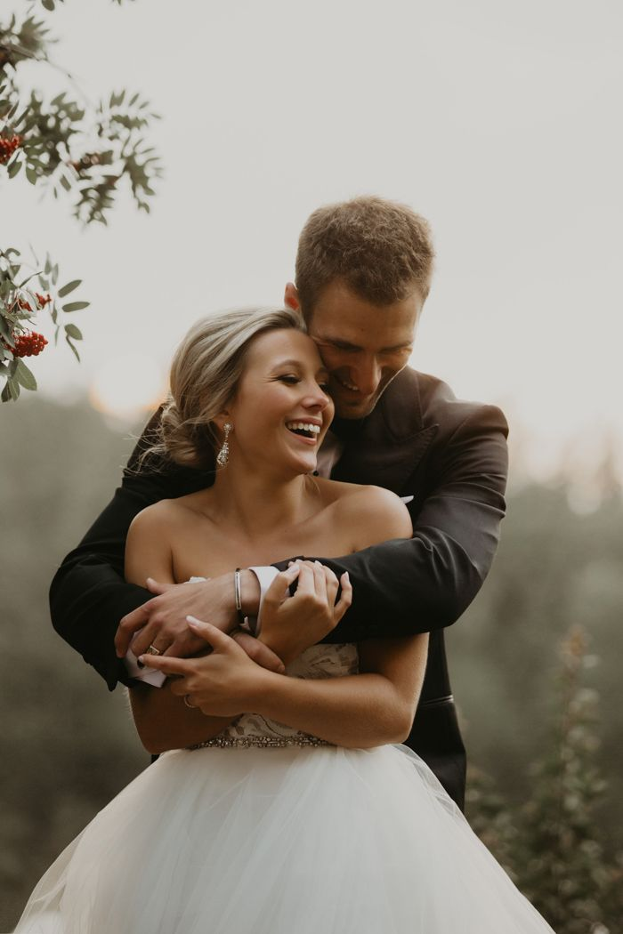 This Fairmont Banff Springs Wedding is Equal Parts Elegant and Epic Views   Junebug Weddings