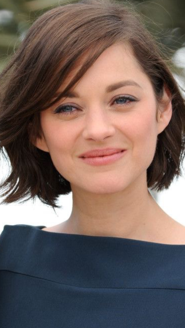 Pin By Stylers Studio On Marion Cotillard Cool Short Hairstyles