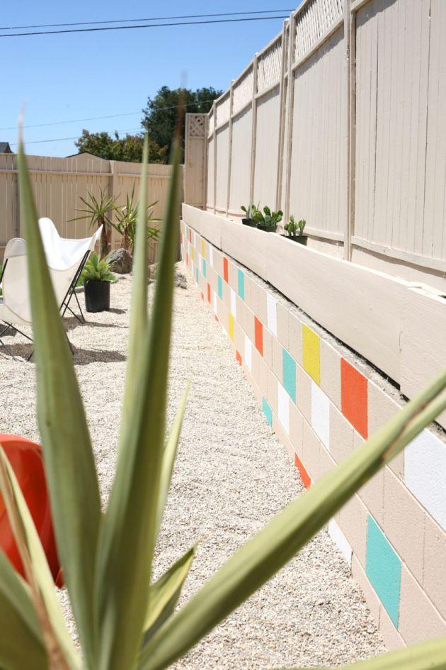 Mid Century Yard Landscape Exterior Painted Mosaic Cinderblock Cinder Block Brick Retaining Wall Breeze Block Wall Concrete Block Walls Painting Concrete Walls