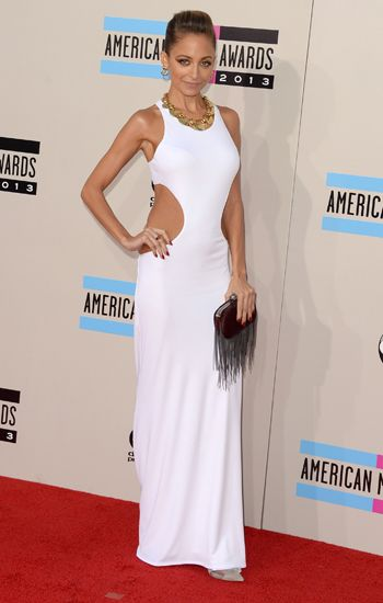 Nicole Richie killed it in this white dress #AMA