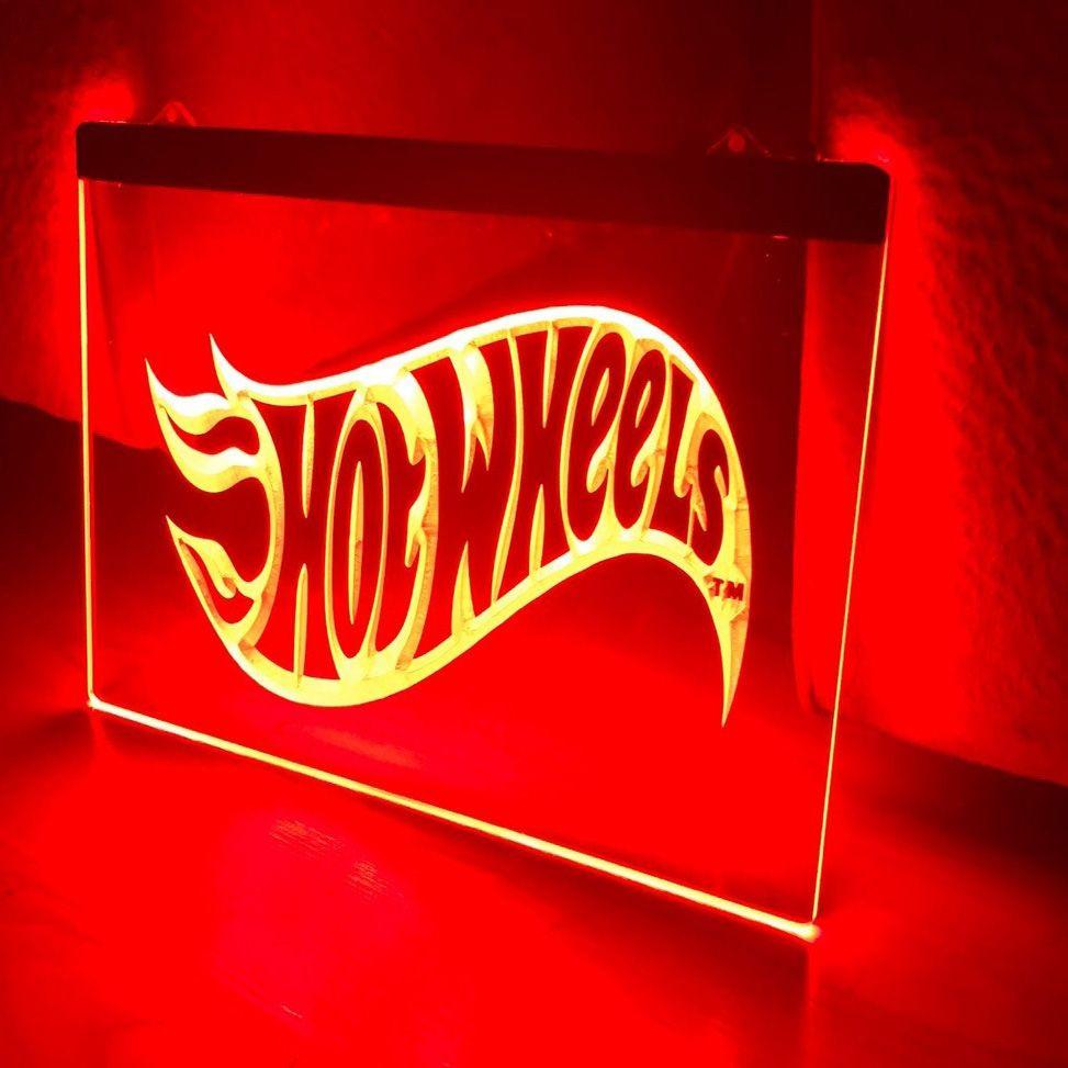 FREE DRINKS TOMORROW Beer Bar Wine LED Neon Light Sign