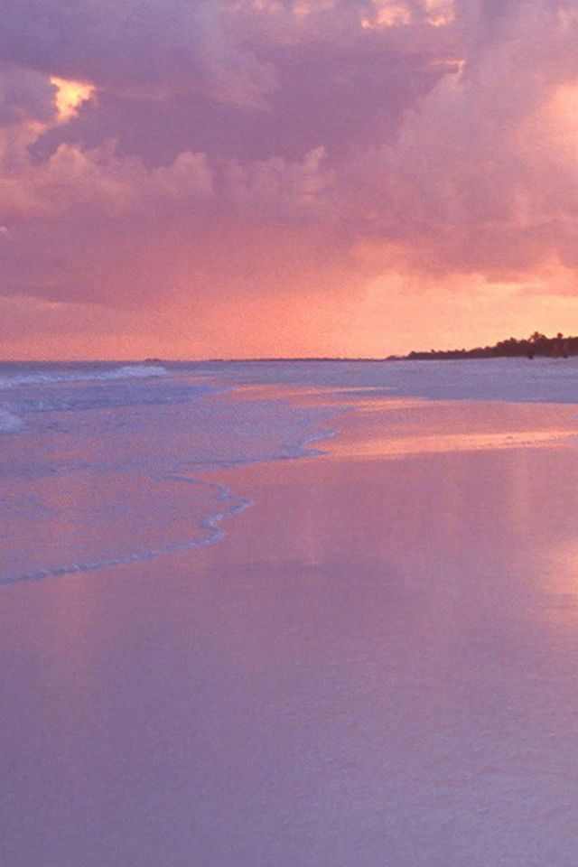Dreamy Pink Beach Landscape Iphone 4s Wallpapers Landscape Wallpaper Beach Landscape Photography Wallpaper