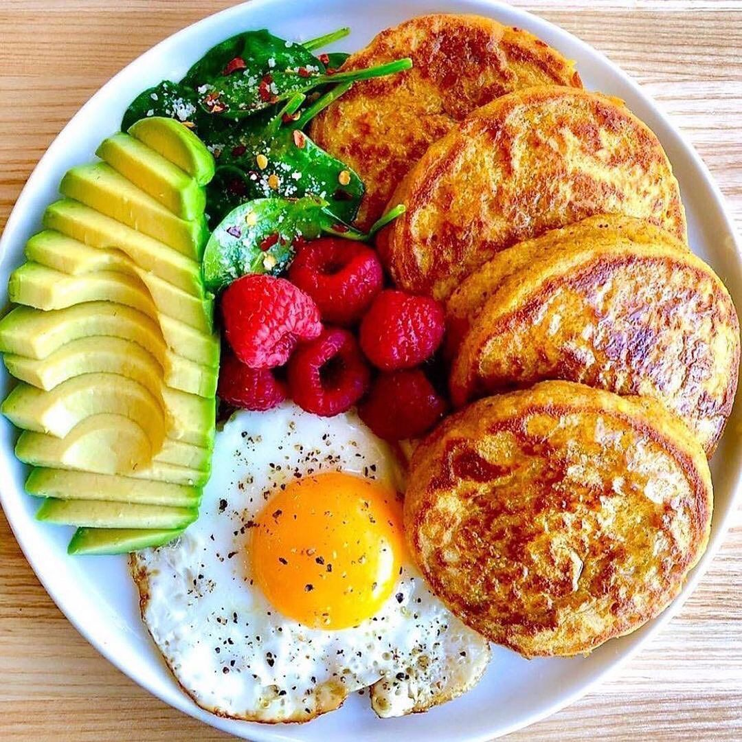 Health Nutrition Facts On Instagram Here S Six Healthy Easy Breakfast Ideas Recipes Below 1 In 2021 Delicious Healthy Recipes Food Vegetarian Fast Food