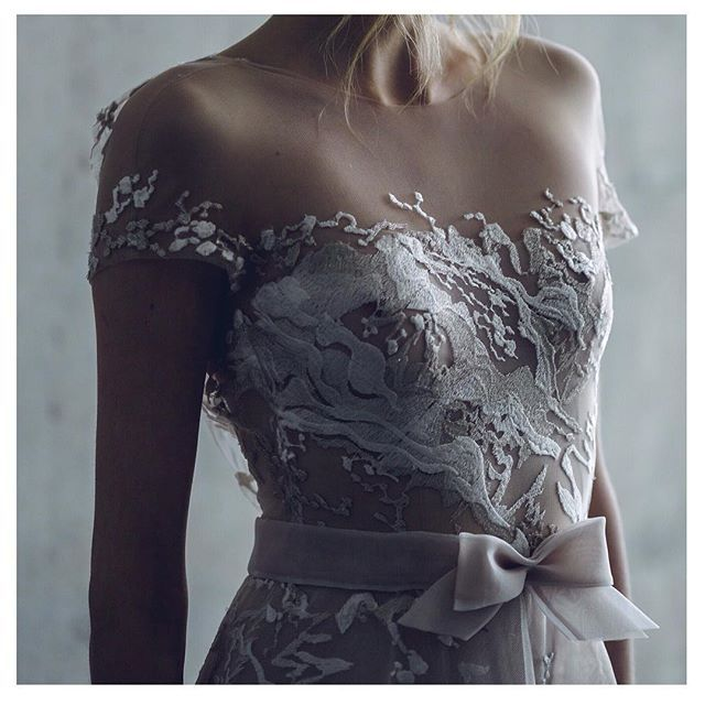 Delicate hand details of our Sienna gown, exquisite!!! #mirazwillinger #couture #stardust collection
