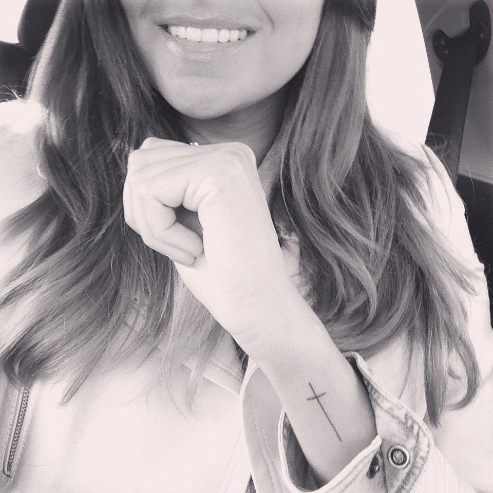 d0ebea8896f4e Small cross tattoo on wrist | Allie | Wrist tattoos, Small wrist ...