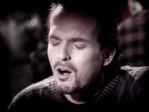 Miguel Bose Si Tu No Vuelves Video Clip One Of My Favorites Great Music Videos Miguel Bose Soundtrack To My Life