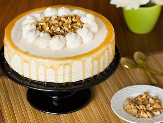 Order Send Best Cakes Online in Delhi With Bakingo by visiting at