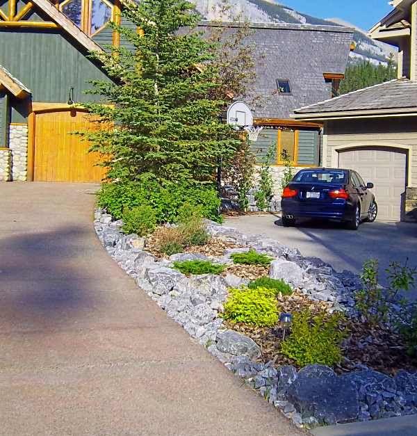 32 Backyard Rock Garden Ideas: Driveway Landscaping And Curb